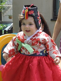 Esmé in traditional Korean dress.